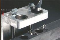 Calibre de perforation pour serrure type LC