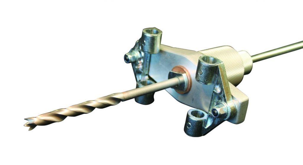 Système pour mortaises adaptateur pour mèches longues pour dispositif à percer et mortaiser DPM 100/50
