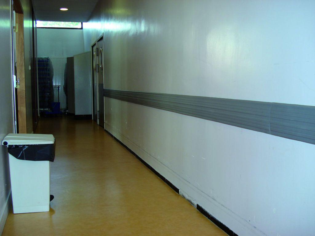 Lisse murale classée feu M2