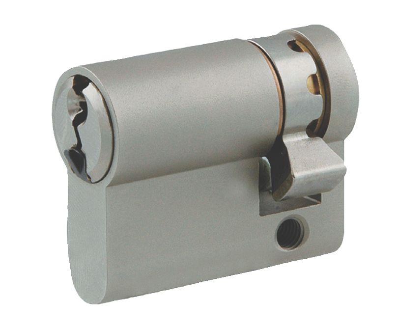 Demi-cylindre laiton nickelé
