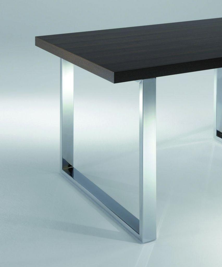 Pied de table cadre