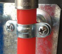 Collier pour sanitaire simple en Acier zingué - pas de 7 x 150