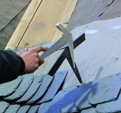 Outils de couvreur marteau modèle français