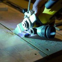 Couteau Dewalt sans fil DCS 355 M2