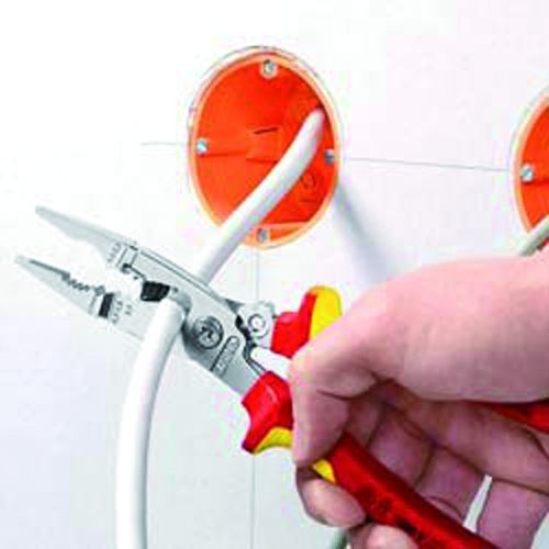 Pince électricien multi-usages isolée 1000V VDE